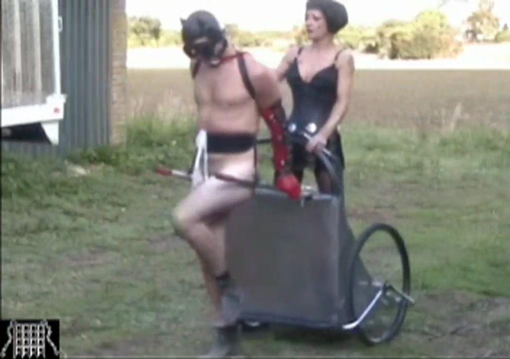 Ponyslave Femdom riding