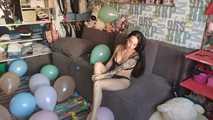 Mishel Full Custom 100 Balloons - Part 10 (Popping) 7