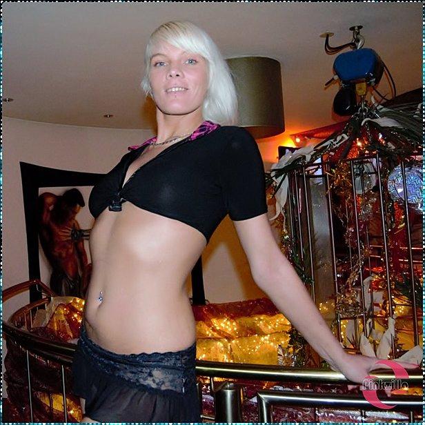 Stacy Lou