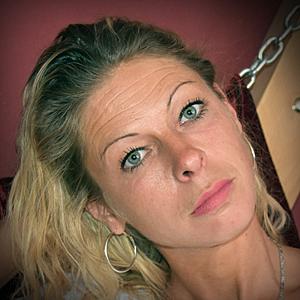 Blonde Bound-Girl Develish